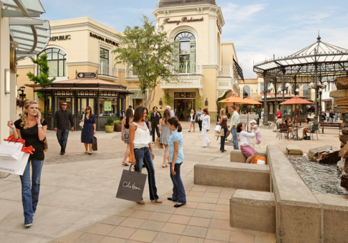 Bridgeport Village