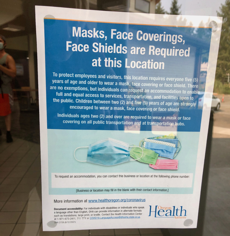 Courthouse Club Fitness mask sign