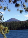 Black_butte_over_suttle_lake2